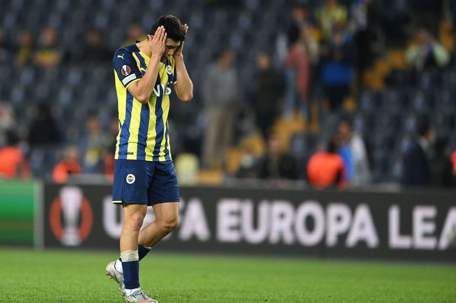 Fenerbahçe's Minjae Kim reacts at the end of a Europa League match against Olympiakos at Şükrü Saraçoğlu Stadium, in Istanbul, Turkey, Sept. 30, 2021. (AFP Photo)