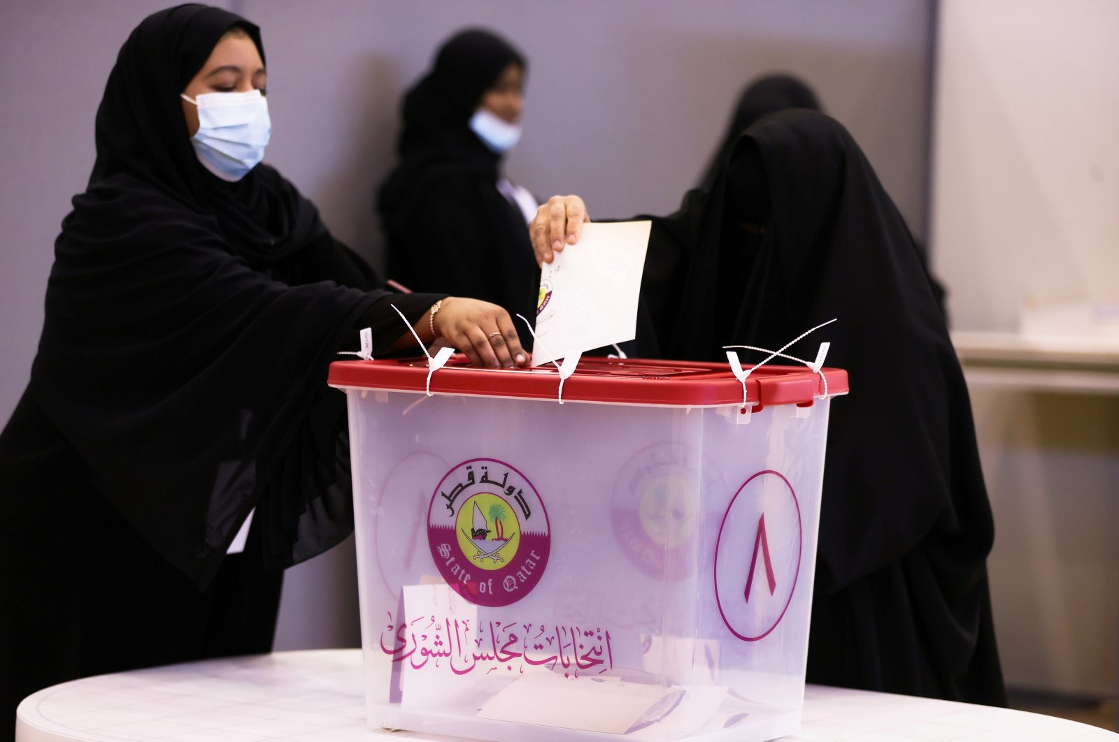 Voters cast their ballot in the Gulf Arab state's first legislative elections for two-thirds of the advisory Shura Council, Doha, Qatar Oct. 2, 2021. (Reuters Photo)