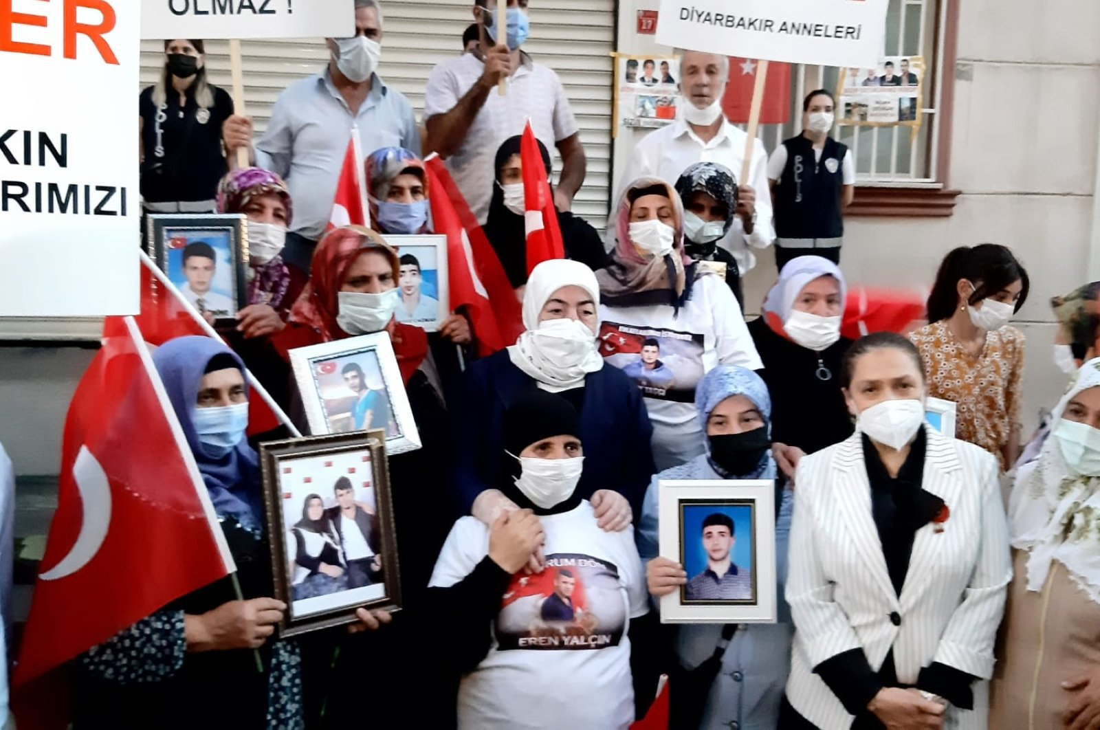 Families protest their children's abduction by the PKK terrorists in front of the HDP headquarters in Diyarbakır province. (DHA File Photo)