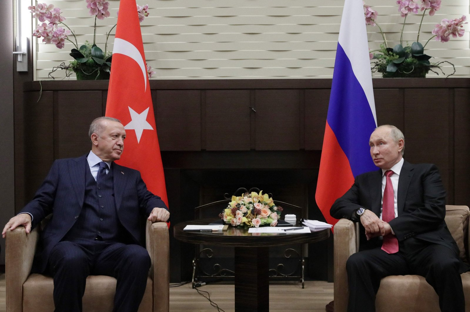 Russian President Vladimir Putin meets with his Turkish counterpart Recep Tayyip Erdoğan in Sochi, Russia, Sept. 29, 2021. (AFP Photo)
