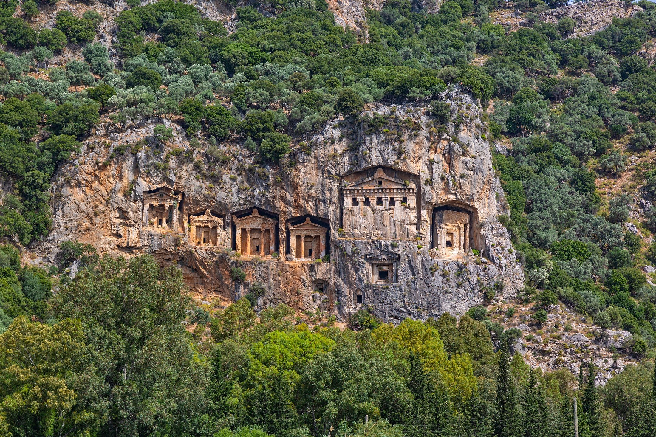 The rock tombs, one of the ancient architectural wonders of Turkey. (Shutterstock Photo)