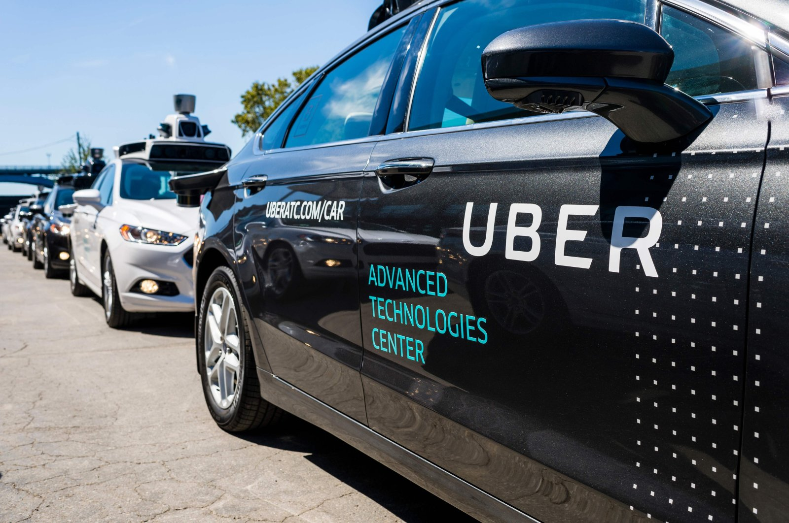 Pilot models of the Uber self-driving car are displayed at the Uber advanced technologies center in Pennsylvania, U.S., Sept. 13, 2016. (AFP file photo)