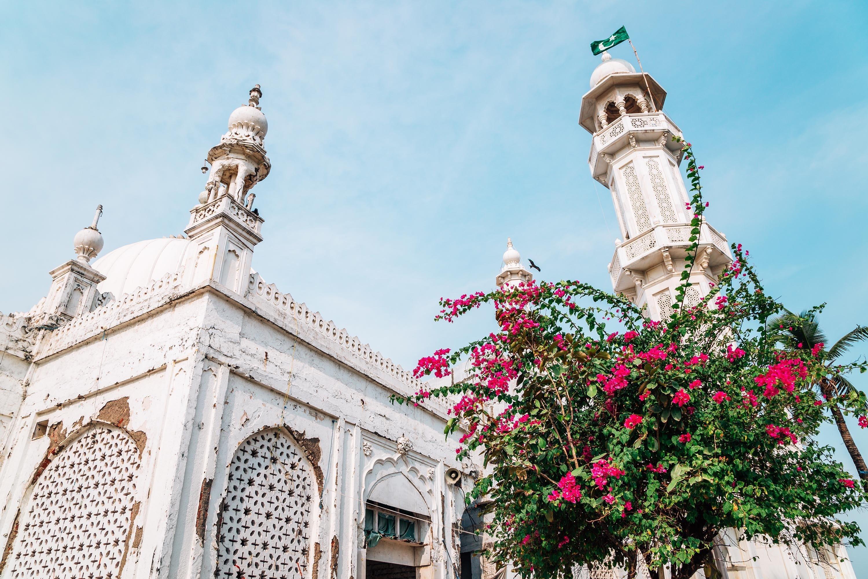 A close-up of the mosque minaret in the Haji Ali Dargah in Mumbai, India. (Shutterstock Photo)