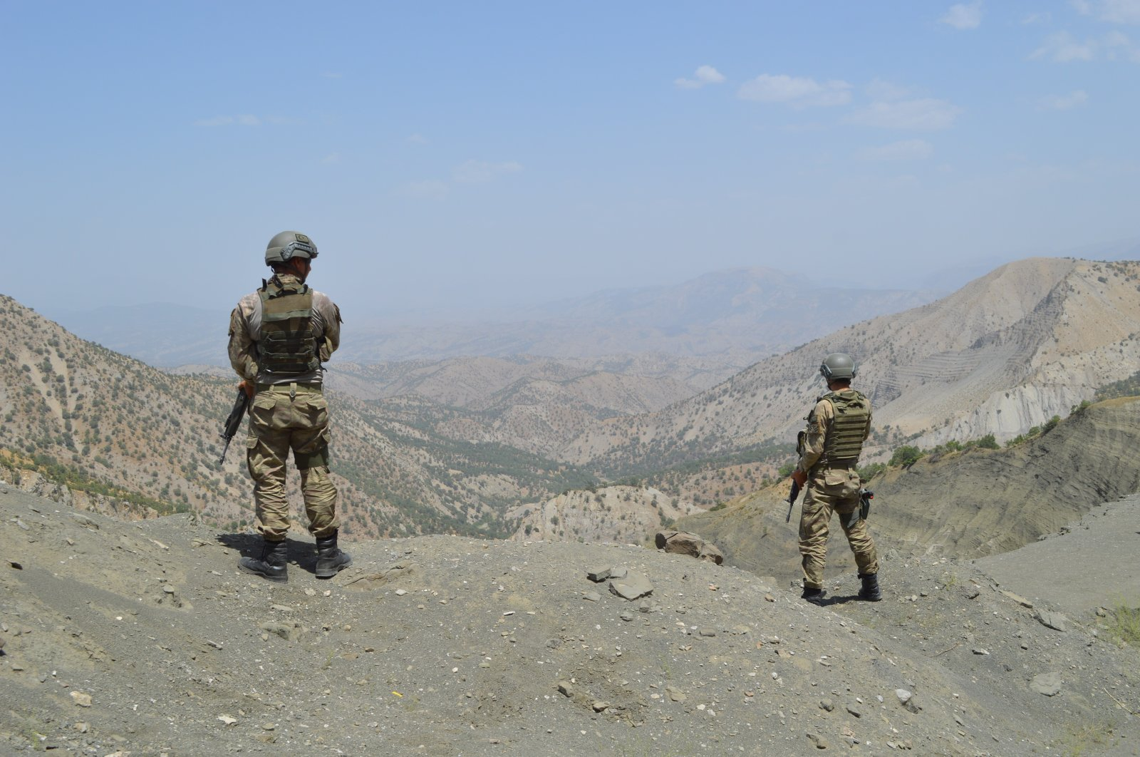 Turkish soldiers are seen during an operation against terrorists in Şırnak province, Turkey, Oct. 6, 2021. (IHA Photo)
