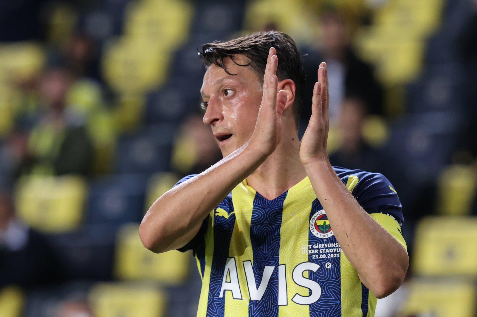 Fenerbahçe's Mesut Özil reacts during a Turkish Süper Lig match against Giresunspor at Şükrü Saraçoğlu Stadium, in Istanbul, Turkey, Sept. 23, 2021. (AA Photo)