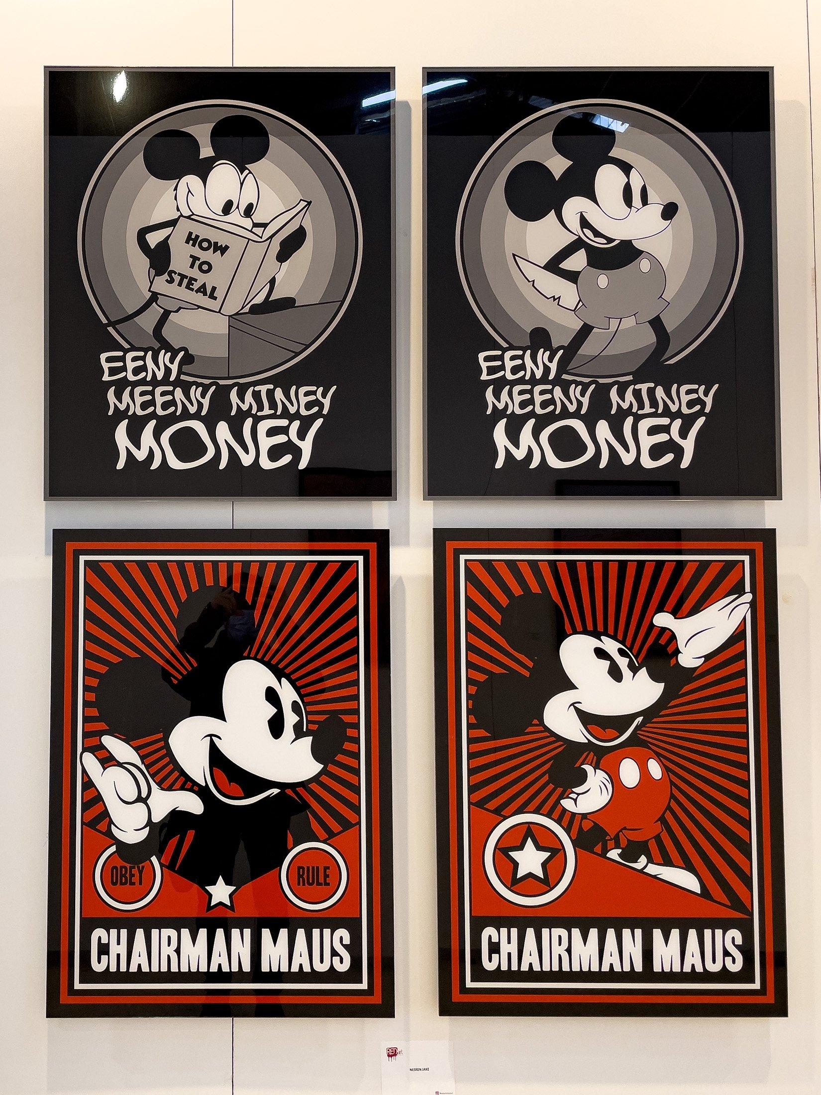 Nesren Jake, 'Easy Money' and 'Chairman Maus' series, dia-sec print, 75 by 60 centimeters. (Photo by Ahmet Koçak)