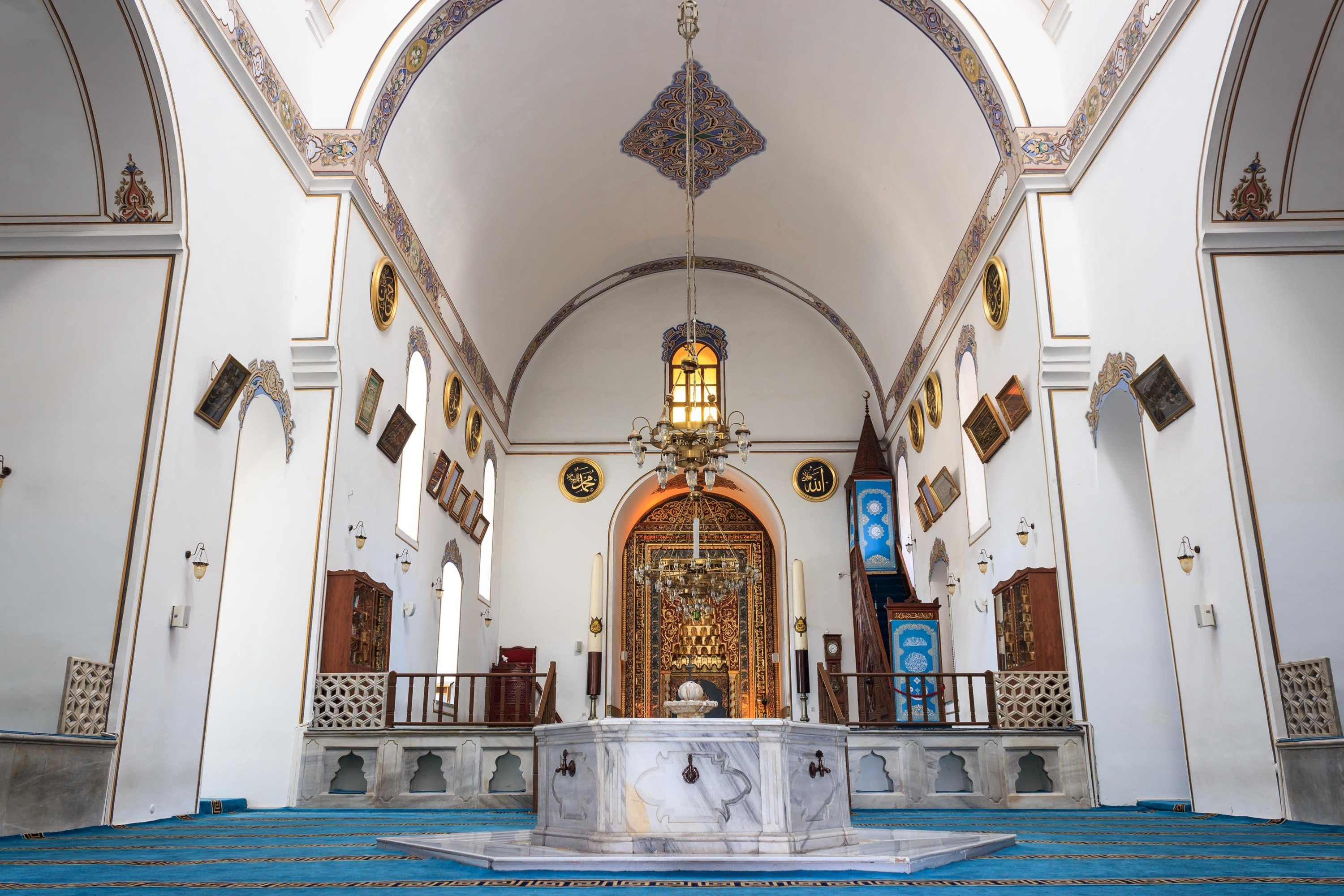 An interior view from the Hüdavendigar Mosque, commissioned by Sultan Murad I, Bursa, northwestern Turkey, March 13, 2020. (Shutterstock)