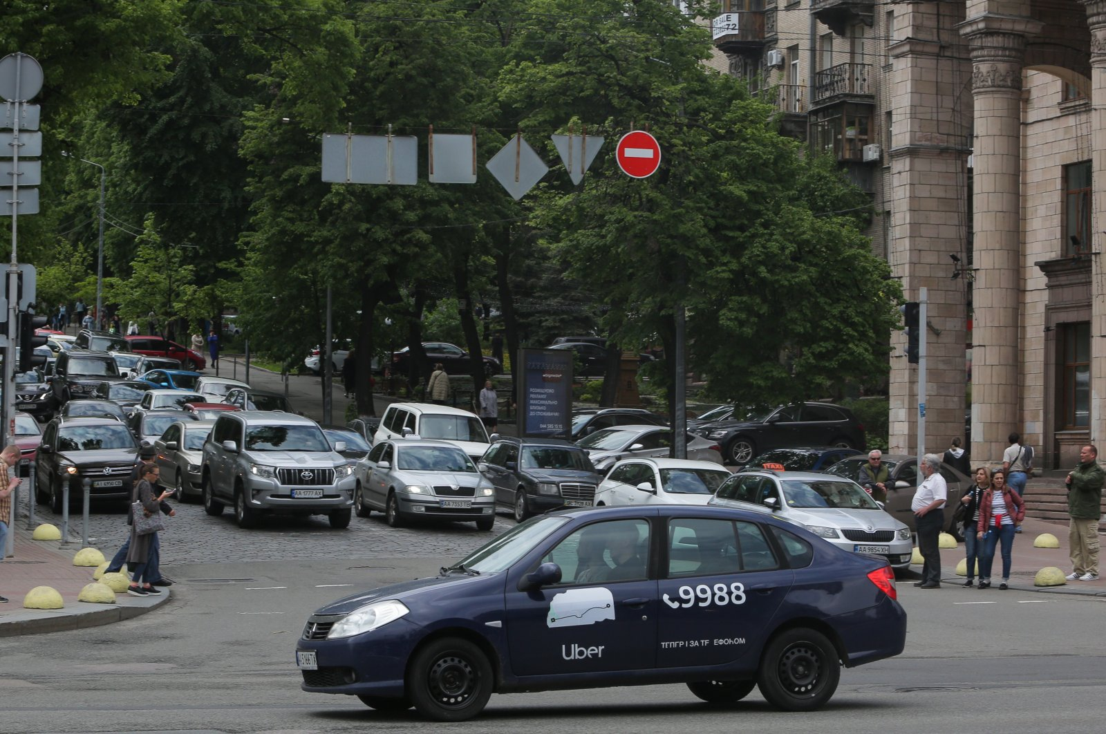 UBER taxi service vehicle drives through the Khreshchatyk street in Kyiv, Ukraine, May 7, 2019. (Getty Images)