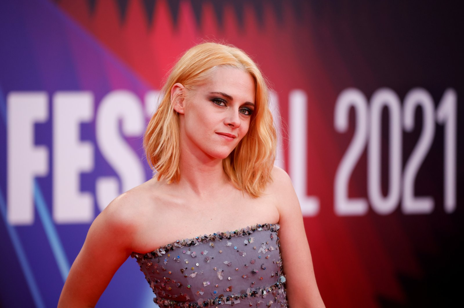"""Actress Kristen Stewart arrives at the premiere for """"Spencer"""" during the BFI film festival in London, U.K., Oct. 7, 2021. (Reuters Photo)"""