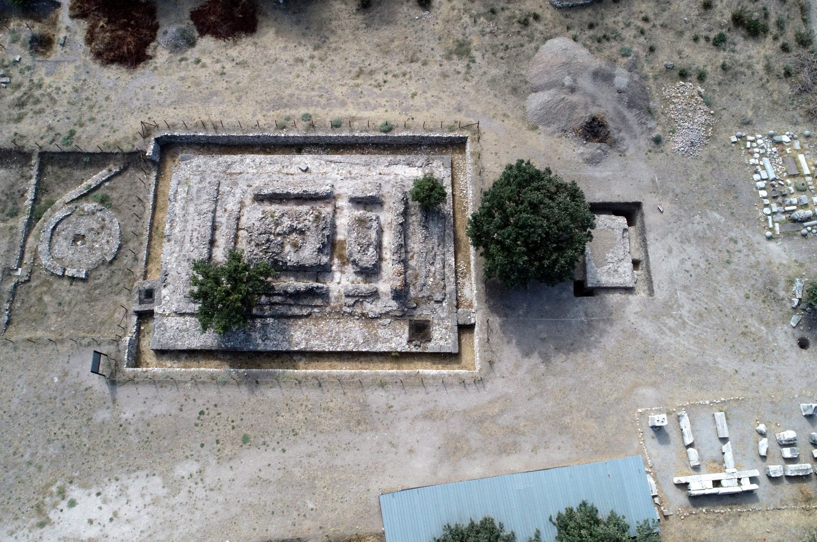 An aerial view of the altar which has been unearthed in northwestern Turkey Çanakkale, Oct. 9, 2021. (AA Photo)