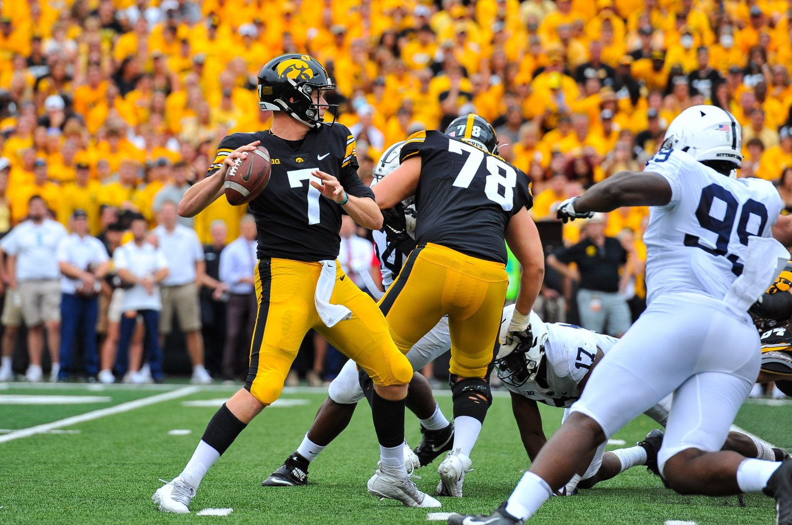 Iowa Hawkeyes quarterback Spencer Petras (7) throws a pass during the second quarter against the Penn State Nittany Lions at Kinnick Stadium, Iowa City, Iowa, Oct. 9, 2021. (Jeffrey Becker-USA TODAY Sports via Reuters)