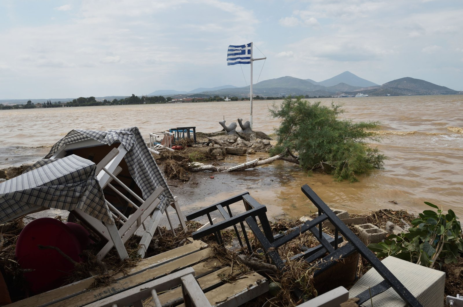Flash floods in Bourtzi, central Evia, Greece, Aug. 9, 2020. (Getty Images)