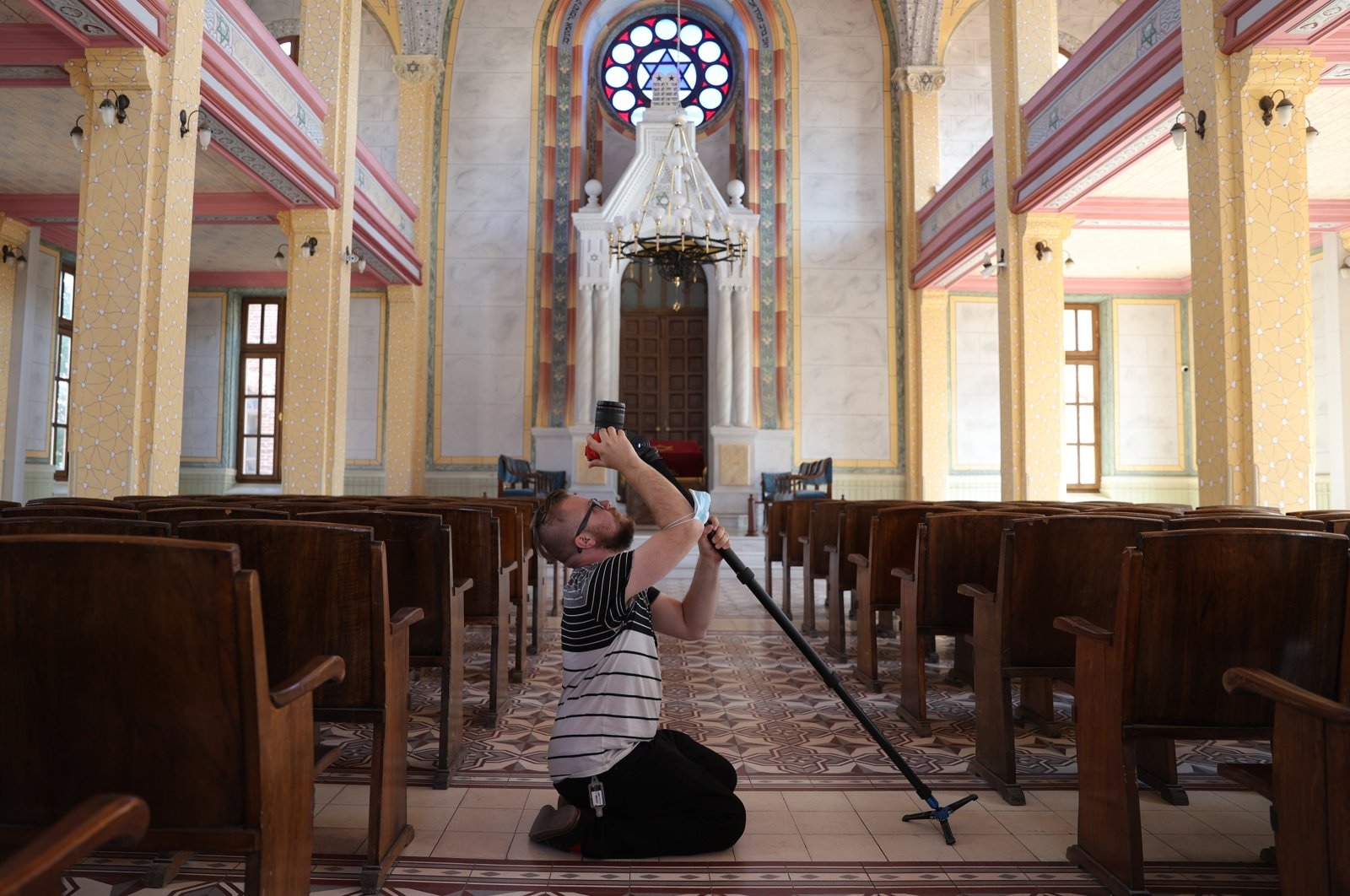 An American cameraperson captures footage from Selimiye Mosque, Edirne, northwestern Turkey, Oct. 11, 2021. (AA Photo)