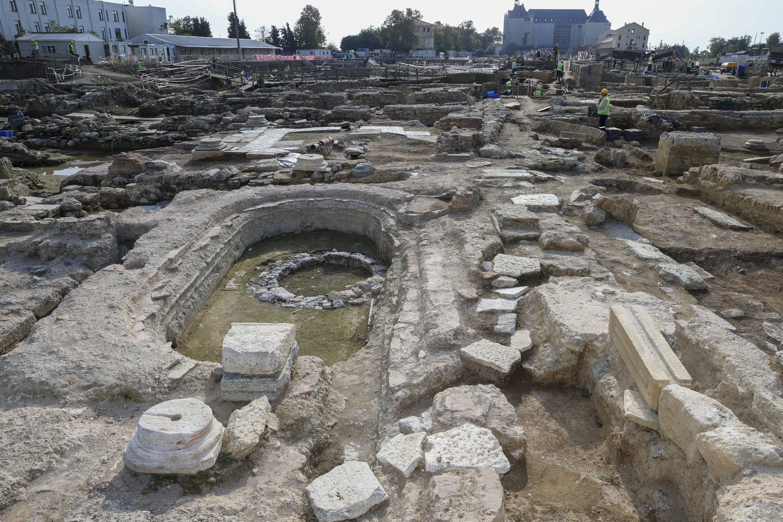 Ancient artifacts are seen at the Haydarpaşa excavation area in Kadıköy, Istanbul, on Oct. 12, 2021. (AA Photo)