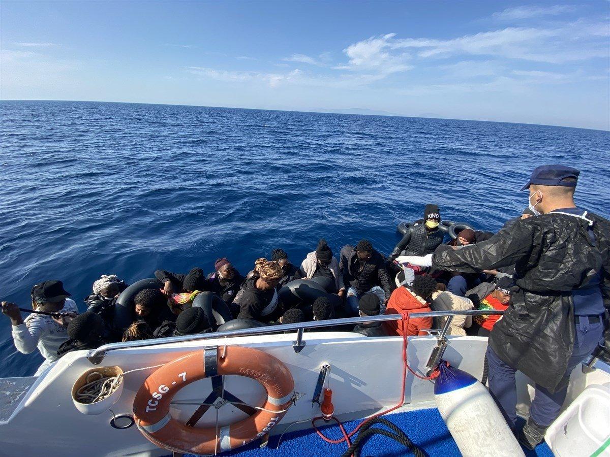 Coast guard teams save irregular migrants pushed back by Greece off Izmir province, Turkey, Oct. 11, 2021. (AA Photo)