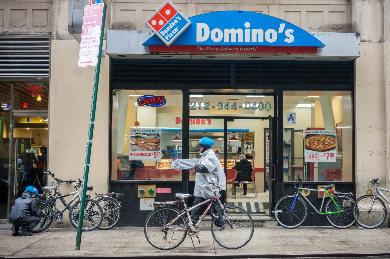 A franchise of the popular Domino's Pizza chain in New York City, U.S., March 14, 2015. (Shutterstock Photo)