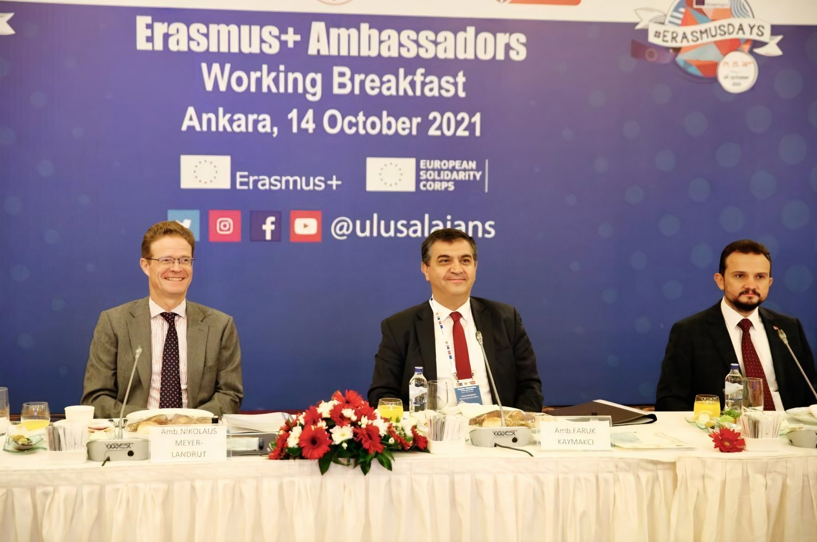 Head of the EU Delegation to Turkey Ambassador Nikolaus Meyer-Landrut (L) and Deputy Foreign Minister Faruk Kaymakcı (C) attend the ERASMUS  Ambassadors Working Breakfast in Ankara, Turkey, Oct. 14, 2021. (Twitter @EUDelegationTur)